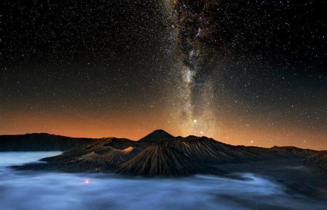 Paket Wisata Bromo Milky Way
