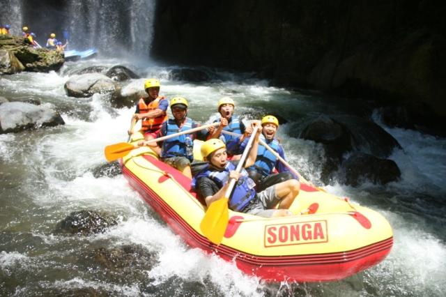 paket-wisata-bromo-songa-rafting